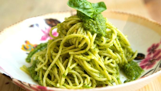 spaghetti alla carbonara mit sahne