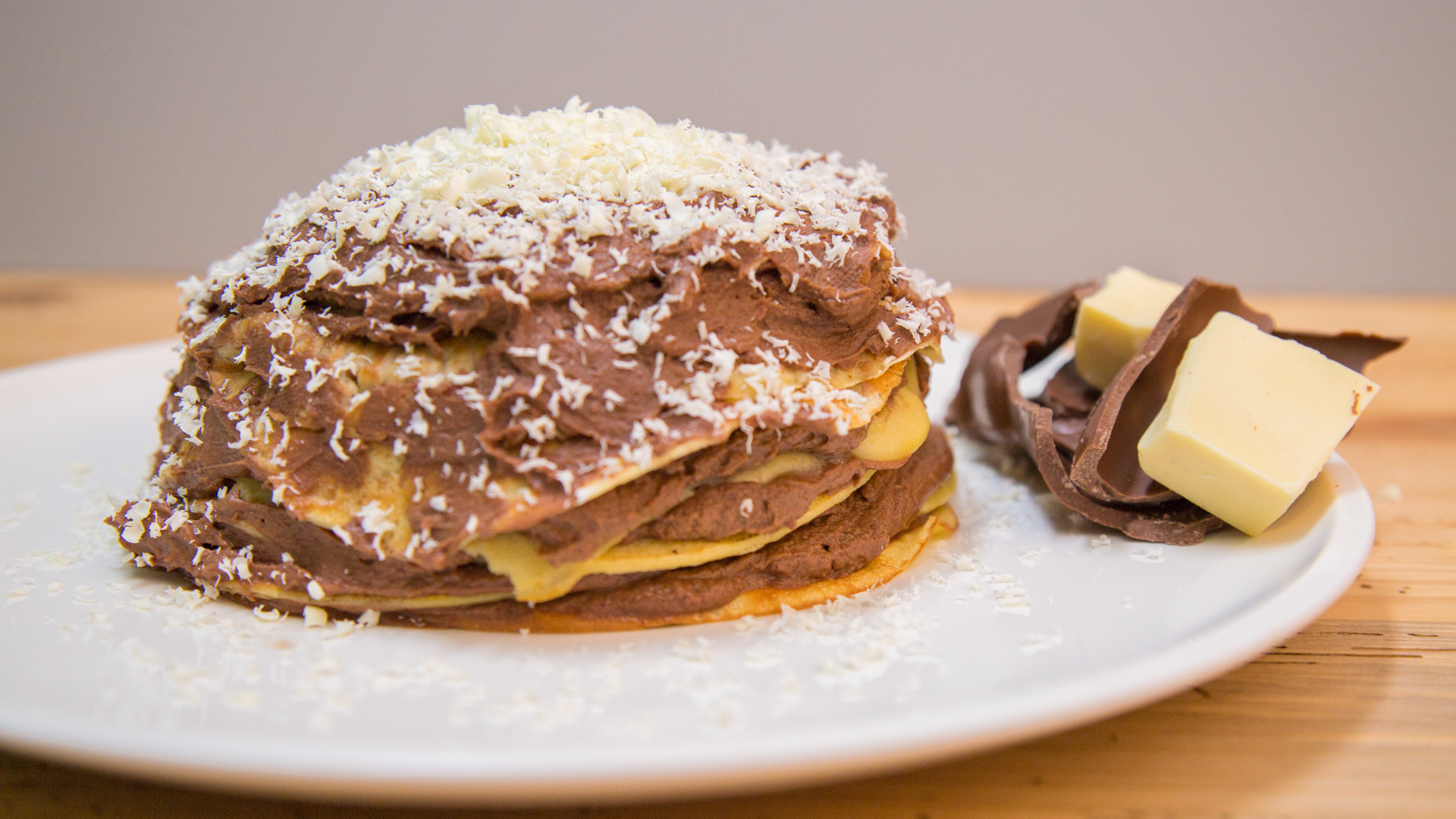 Pfannkuchentorte Mit Schokoladenganache