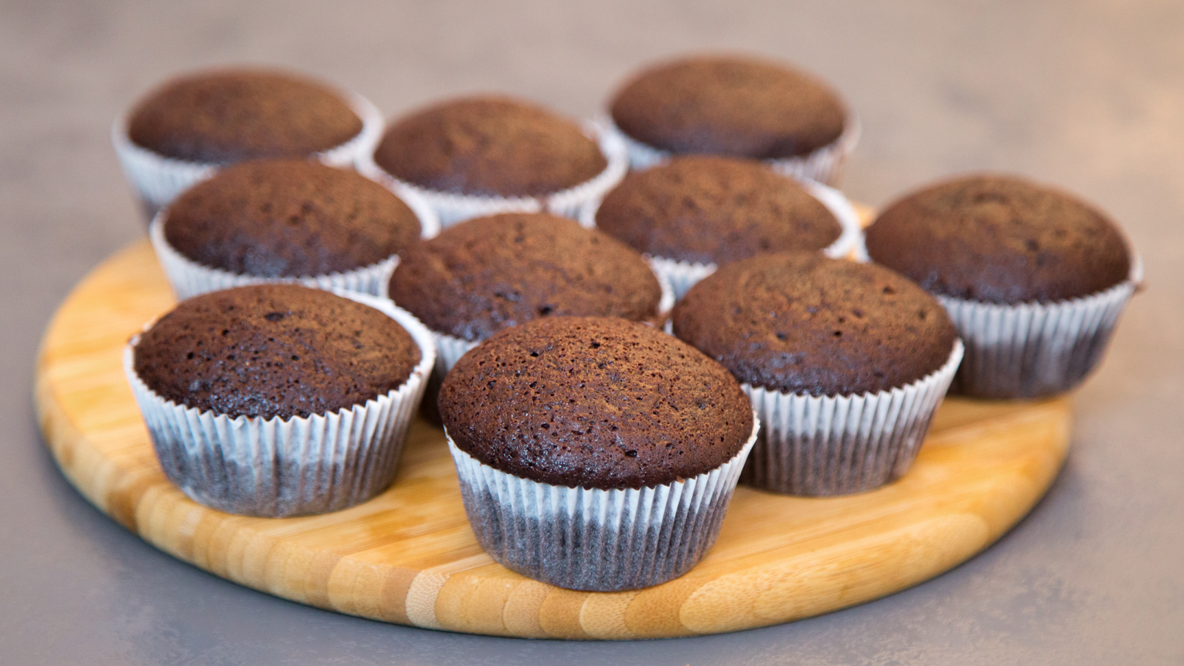 vegane schokomuffins muffins ohne ei und milch. Black Bedroom Furniture Sets. Home Design Ideas
